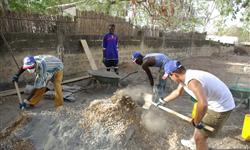 L'association BASE réalise des maisons permettant de répondre aux besoins des personnes en situation précaires grâce à son projet « Un toit pour tous »